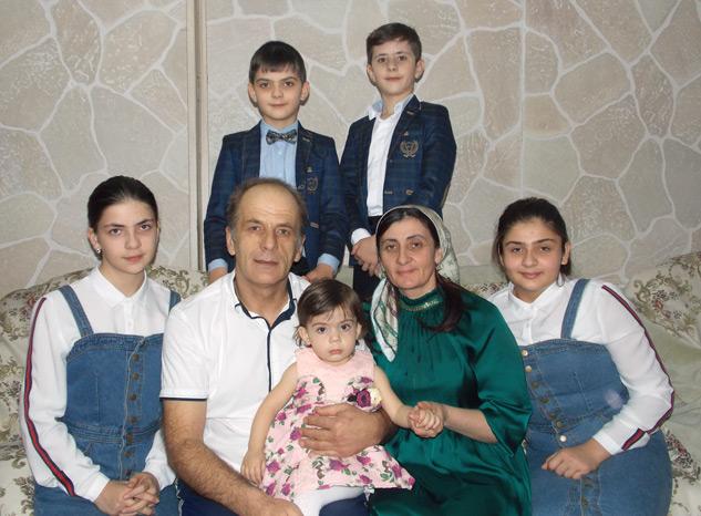 Многодетная семья КУБАНОВЫХ из с. Джага.