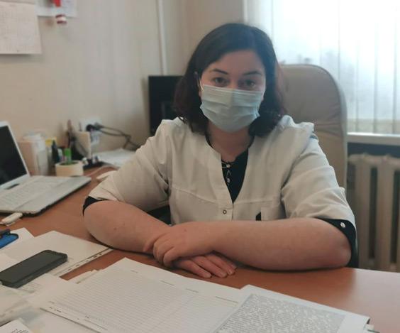 Главный врач Кызыл-Октябрьской участковой больницы Аминат КОЧКАРОВА