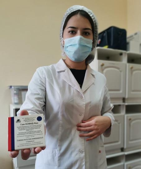 Процедурная медсестра Альмира ТОКОВА: «Наша вакцина - лучшая в мире»