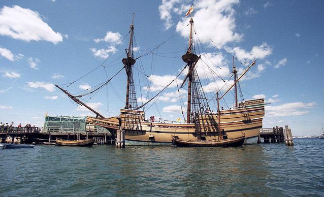 Точная копия корабля «Мэйфлауэр» в Плимутской бухте