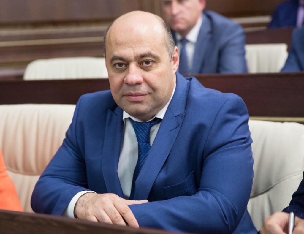 Казим Шаманов
